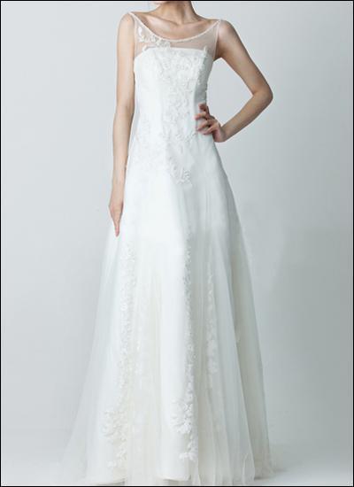Träger Brautkleid mit Transparentem Ausschnitt