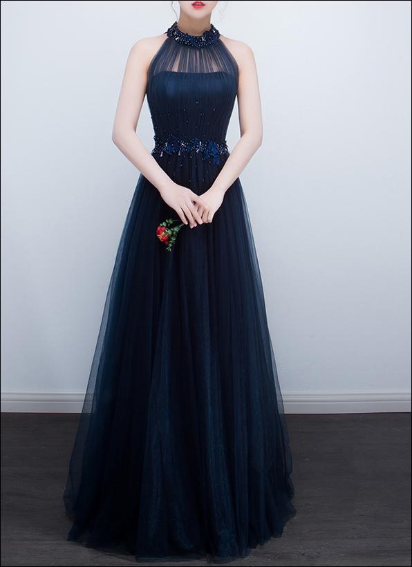 Blaues Abendkleid mit Mandarinkragen und Stickerei - LAFANTA