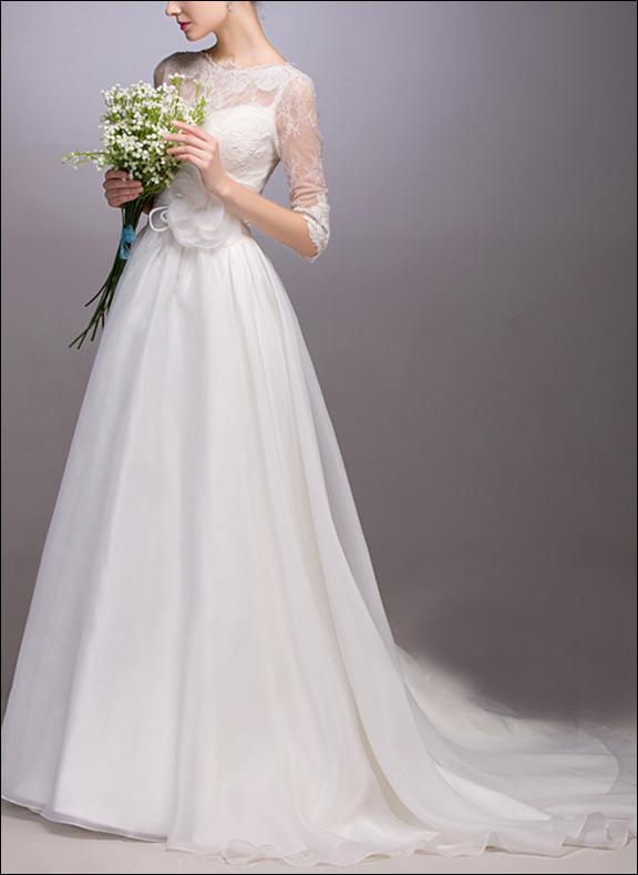 Elegantes Brautkleid WD360