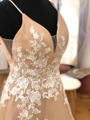 Brautkleid in 2 Farben