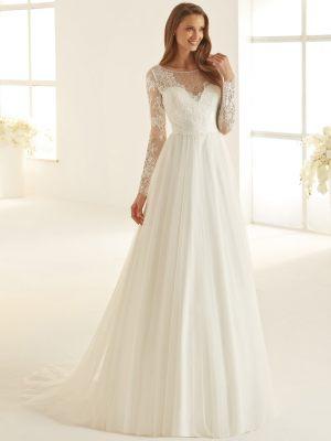 Fließendes Brautkleid mit Ärmeln