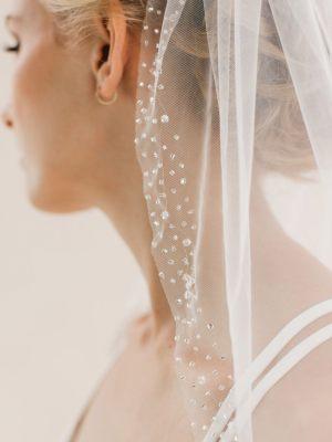Brautschleier mit Perlenborte