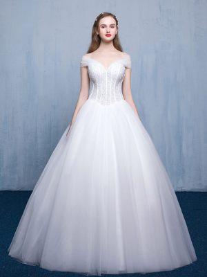 Klassisch mit Modern - Prinzessinkleid