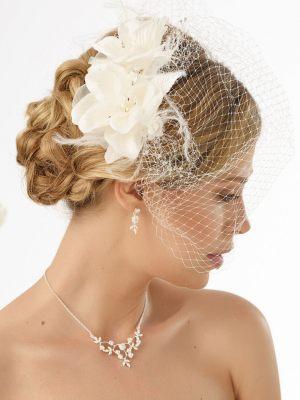 Fascinator für die Braut