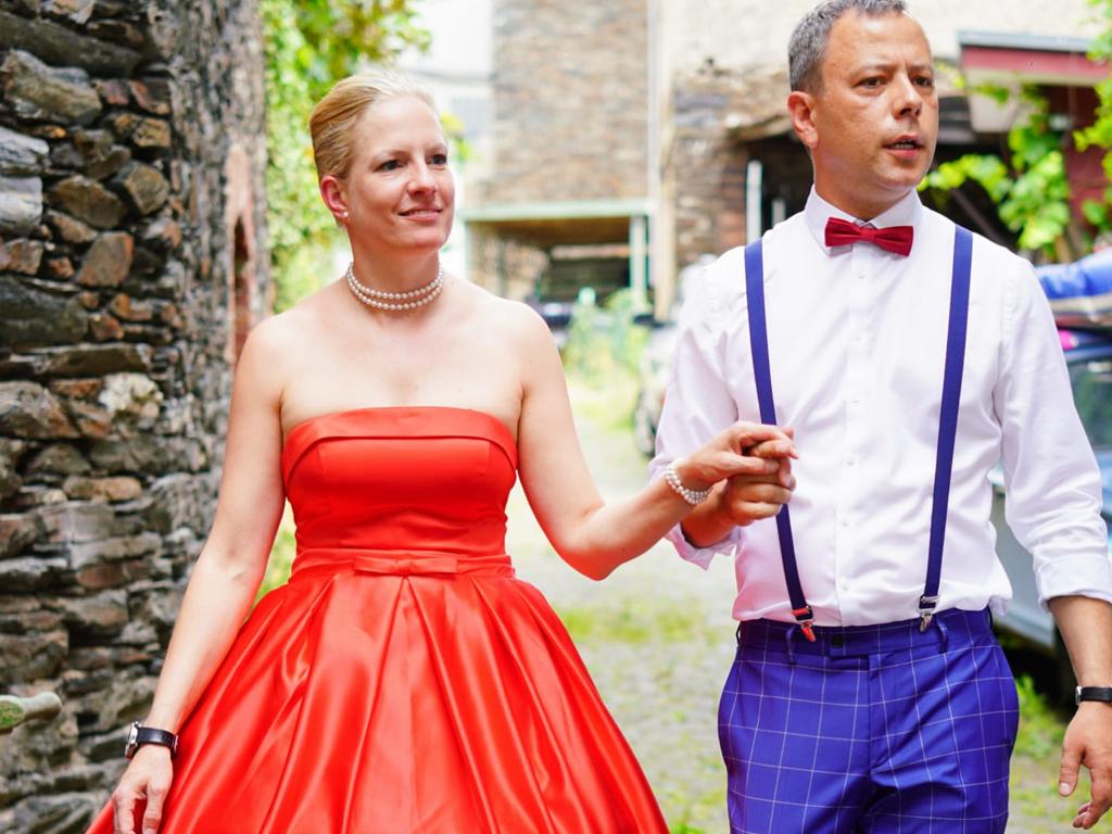 Lady in Red – eine außergewöhnliche Vintage Hochzeit!