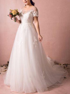 XXL Brautkleid mit Ärmeln