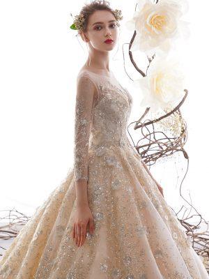 Couture Brautkleid im Blushton mit Silbernen Stickereien