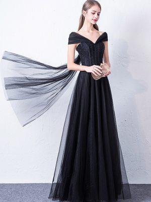 Schwarzes Brautkleid aus Tüll