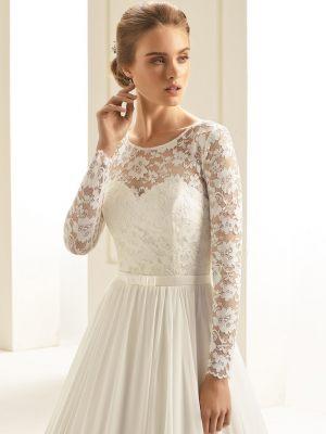 Langärmliger Bolero für ein schlichtes Brautkleid