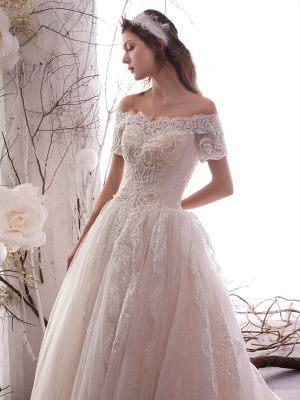 Prinzessin Brautkleid mit Spitze