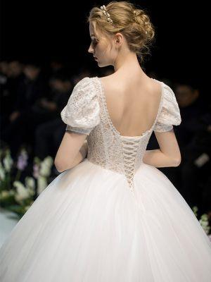 Vintage Prinzessinnen Brautkleid mit Rückenschnürung