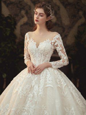 Brautkleid-lange-aermel