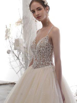 Brautkleid-mit-Korsage